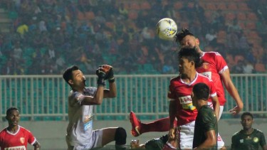 Image result for Badak Lampung Vs TIRA Persikabo