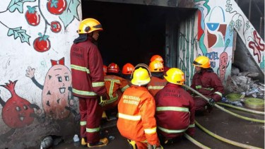 Kebakaran di Pasar Kosambi Bandung