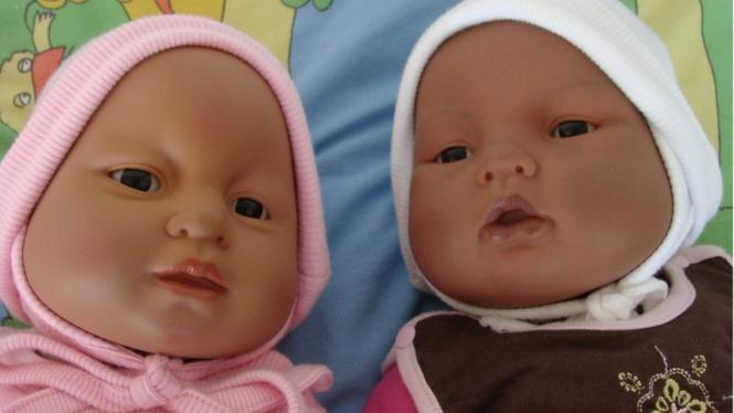 Proyek Boneka bertujuan mengurangi jumlah kehamilan yang tak diinginkan di kalangan remaja, mengurangi penyakit akibat hubungan seksual dan meningkatkan penggunaan metode kontrasepsi. - PAARISA