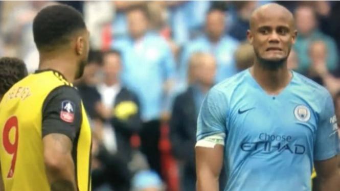 Ekspresi tak tega kapten Manchester City, Vincent Kompany