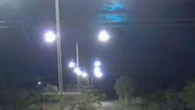 Meteor tertangkap CCTV