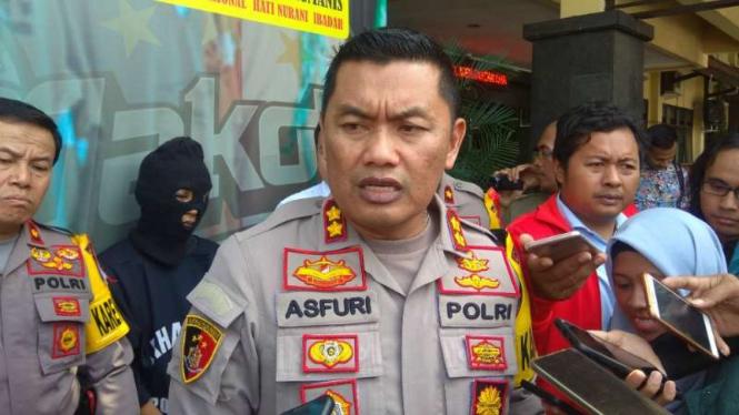 Kepala Polres Kota Malang Ajun Komisiaris Besar Polisi Asfuri dalam konferensi pers tentang pengungkapan perkara pembunuhan dengan mutilasi di kantornya, Senin, 20 Mei 2019.