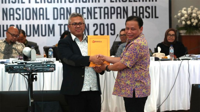 Rapat Pleno Rekapitulasi Pilpres 2019 oleh KPU.