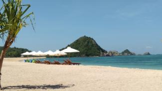 Pantai Kuta, Lombok, Nusa Tenggara barat (NTB).