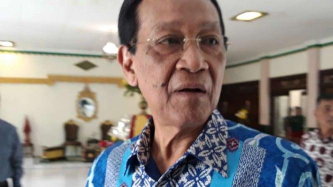 Gubernur Daerah Istimewa Yogyakarta Sri Sultan Hamengku Buwono X di Alun-alun Utara, Kota Yogyakarta, Senin, 20 Mei 2019.