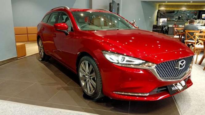 Ruang pamer mobil Mazda