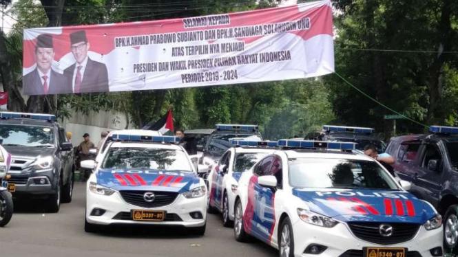 Spanduk Prabowo-Sandi di kawasan Jalan Kertanegara, Jakarta Selatan.