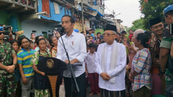 Jokowi-Ma'ruf umumkan kemenangan Pilpres di Kampung Deret, Johar Baru Jakpus