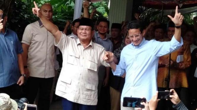 Prabowo Subianto dan Sandiaga Uno usai konferesi pers, Selasa, 21 Mei 2019.