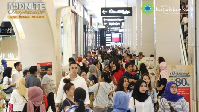Midnite Shoptacular Kota Kasablanka.