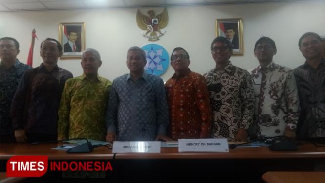 Jajaran anggota Dewan Pers Periode 2019-2022 (FOTO: Yayat R Cipasang/TIMES Indonesia)