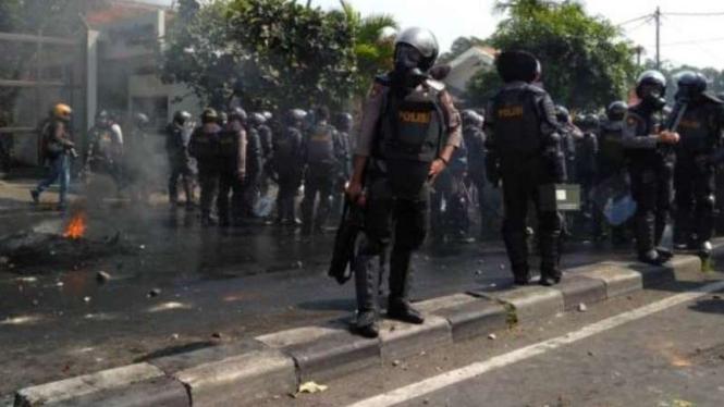 Bentrok di Jalan KS Tubun, Petamburan, Jakarta Pusat.