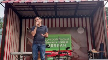 https://thumb.viva.co.id/media/frontend/thumbs3/2019/05/22/5ce4e24c54757-fastgo-mau-ekspansi-ke-indonesia-go-jek-kami-dukung-persaingan-industri-sehat_375_211.jpg