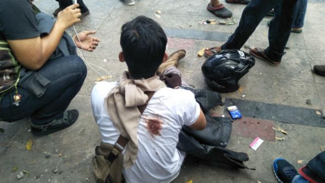 Pria tertembak peluru karet di Jatibaru Tanah Abang.