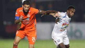 Pertandingan Borneo FC vs Arema FC