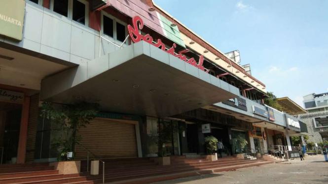 Situasi pusat perbelanjaan Sarinah usai aksi 22 Mei.
