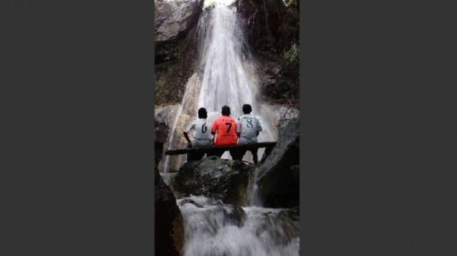 Air terjun di Desa Sari, Bima, Nusa Tenggara Barat (NTB)