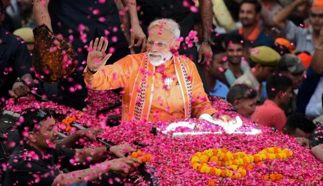 https://thumb.viva.co.id/media/frontend/thumbs3/2019/05/24/5ce71bf655111-hasil-pemilu-india-partai-dengan-sosok-kuat-pm-petahana-narendra-modi-menang-mutlak_663_382.jpg