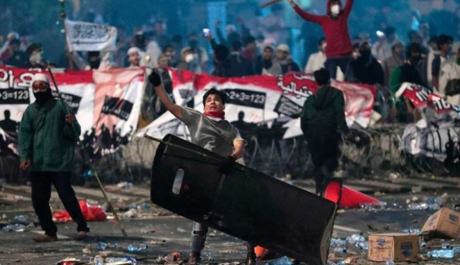 https://thumb.viva.co.id/media/frontend/thumbs3/2019/05/24/5ce71d60094ab-kalangan-pendidikan-di-australia-khawatir-dengan-kerusuhan-pemilu-indonesia_663_382.jpg