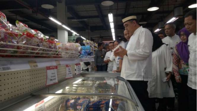 Sidak bahan makanan oleh Bupati Tangerang Ahmed Zaki dan BPOM