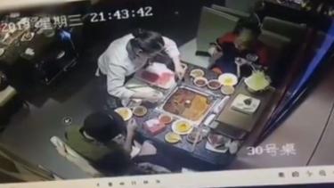 Sup meledak saat disajikan