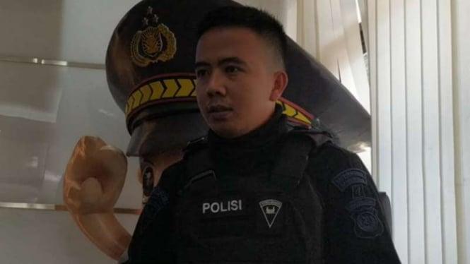 Anggota Brimob yang dituduh dari China