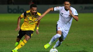 Madura United pupus rekor buruk saat jumpa Barito Putera.