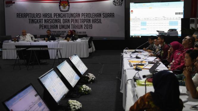 Suasana rapat pleno hasil real count Pemilu 2019 di KPU beberapa waktu silam. (Foto ilustrasi)