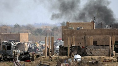 https://thumb.viva.co.id/media/frontend/thumbs3/2019/05/27/5ceb50f02630c-tiga-warga-prancis-yang-bergabung-ke-isis-dihukum-mati-di-irak_375_211.jpg