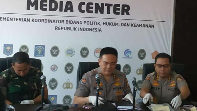 Kepala Divisi Humas Polri Irjen Mohammad Iqbal di Kemenko Polhukam, Jakarta.