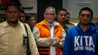 Sofyan Basir saat resmi ditahan KPK