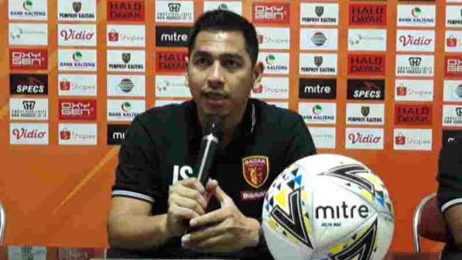Pelatih Badak Lampung, Jan Saragih