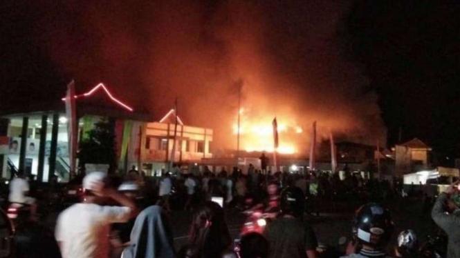 BNI Ternate hangus dilalap kebakaran, Rabu, 29 Mei 2019.