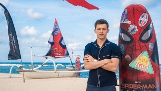 Tom Holland saat Promosi Spider-Man: Far from Home di Bali