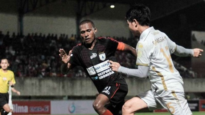 Pertandingan Liga 1 2019 antara Persipura Jayapura kontra PSS Sleman