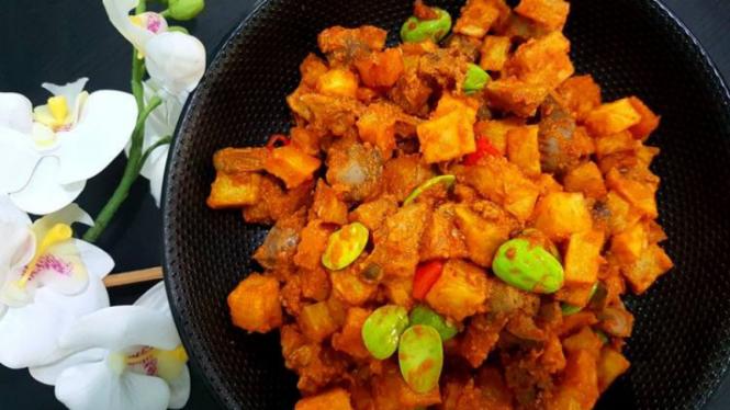 menu lebaran sambal goreng kentang