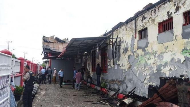 Kondisi Lapas Kelas II B Sigli, Kabupaten Pidie usai dibakar para napi.