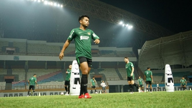 Latihan Timnas Indonesia di Stadion Wibawa Mukti, Cikarang