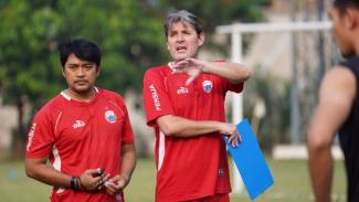 Pelatih Persija, Julio Banuelos Saez