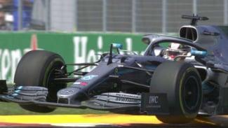 Pembalap Tim Mercedes, Lewis Hamilton