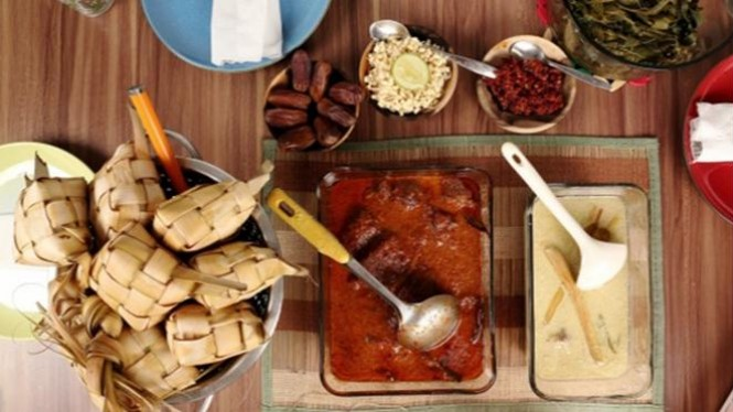 Ilustrasi Sajian makanan Lebaran