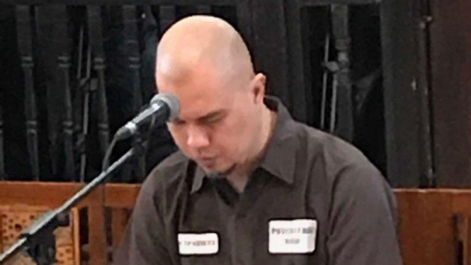 Ahmad Dhani saat sidang putusan di PN Surabaya