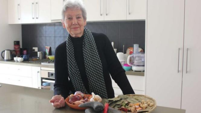 Helen Sumardjo, Wanita Australia yang Suka Memasak Makanan Indonesia