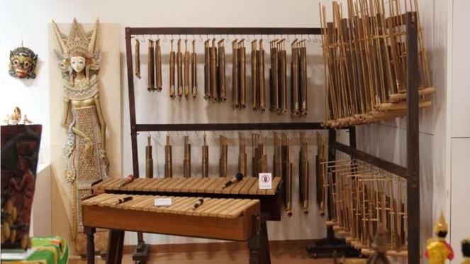Angklung di Museum Multikultural di Korea Selatan