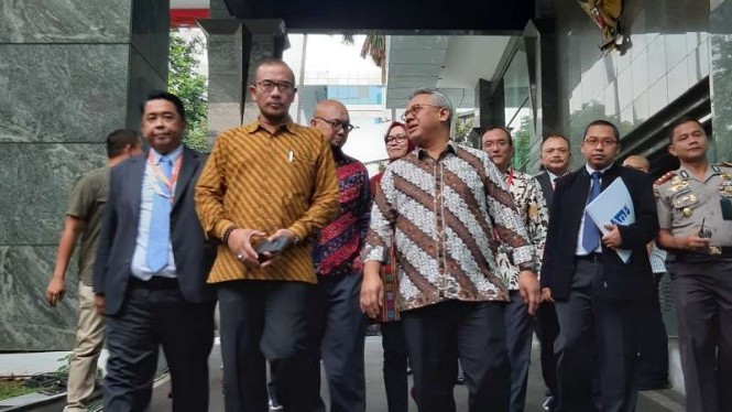KPU Serahkan 25 Box Dokumen Bukti Pilpres 2019 ke MK