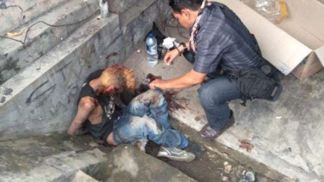 Anak punk di Depok ditemukan dalam kondisi sekarat.