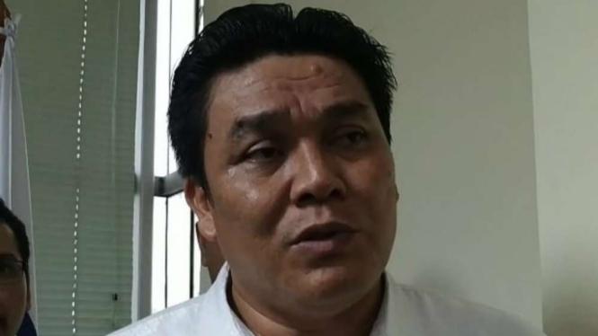Anggota Advokat Indonesia Maju, Sandi Situngkir.