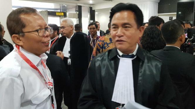 Dipimpin Yusril, Tim Jokowi Siap Hadapi Gugatan Prabowo di MK