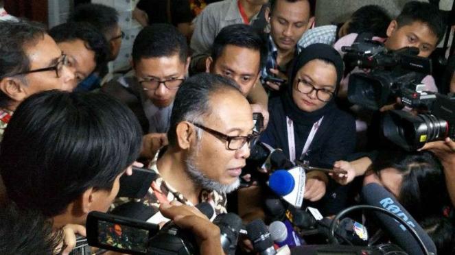 Pengacara Paslon 02, Bambang Widjojanto.