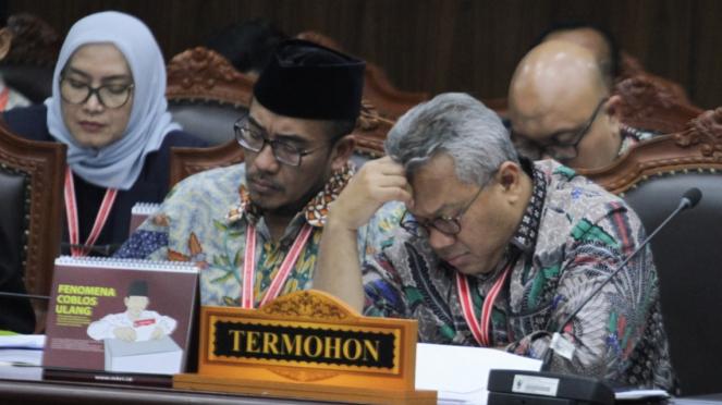 Ketua KPU Arief Budiman Saat Sidang Gugatan Pilpres 2019 di MK